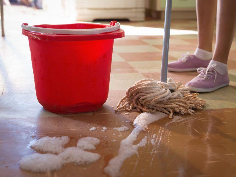 waitress-cleaning-floor-in-restaurant-P73EB2C (1) (1)